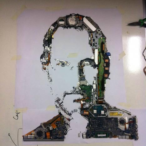 Steve Jobs skapad av delar från Apple-datorer