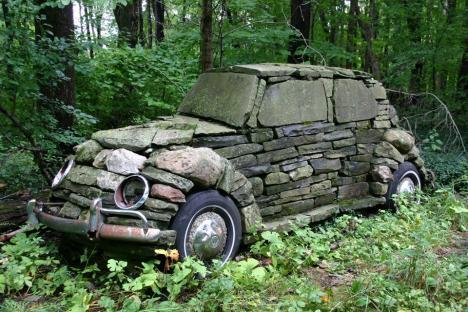 Stenhård bil