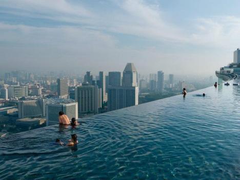 Högsta poolen i världen?