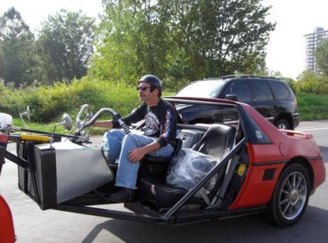Vad får du om du korsar en motorcykel och en bil jo det här