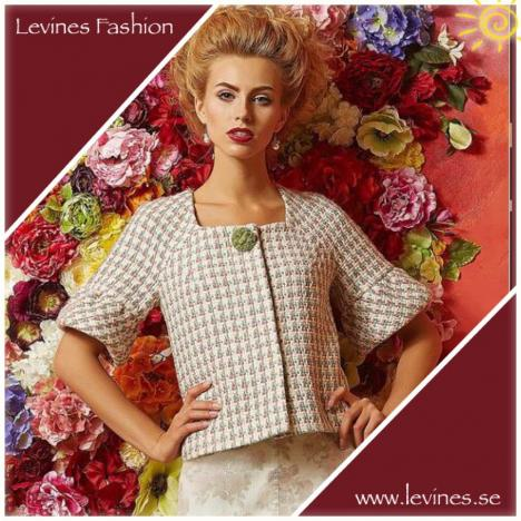 Stilig tweedkavaj i Chanel-stil
