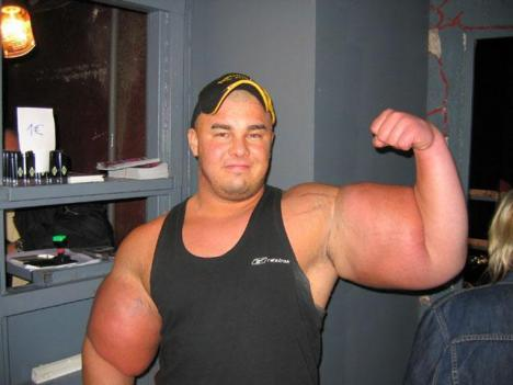 Vansinnigt stora biceps