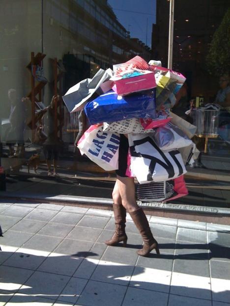 Så ser en äkta shopaholic ut